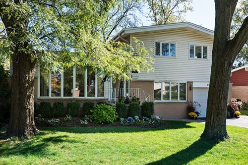 613 Fairway, Glenview, IL 60025