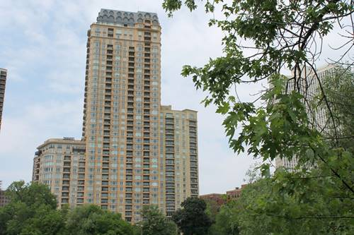 2550 N Lakeview Unit N1305, Chicago, IL 60614 Lincoln Park
