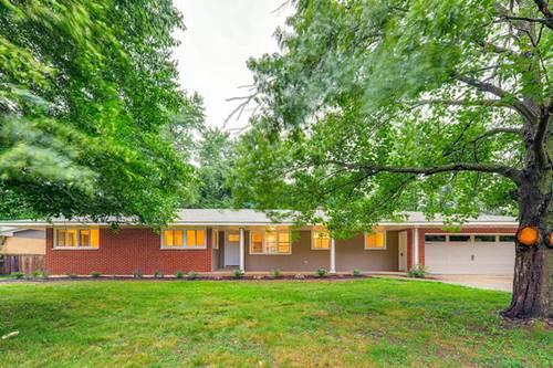 422 Lakeside, Crystal Lake, IL 60014