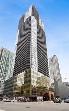10 E Ontario Unit 4402, Chicago, IL 60611 River North
