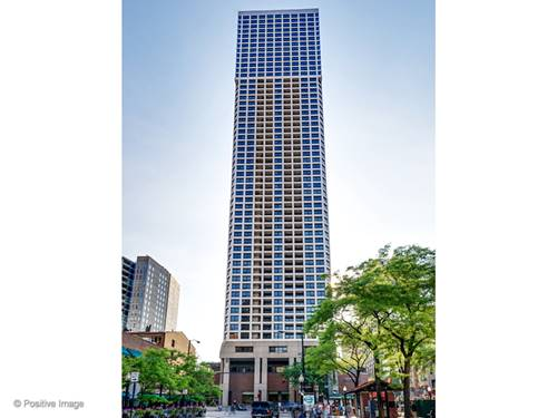 1030 N State Unit 19C, Chicago, IL 60610 Gold Coast