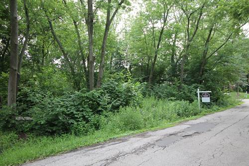 526 Blackhawk, Lake In The Hills, IL 60156