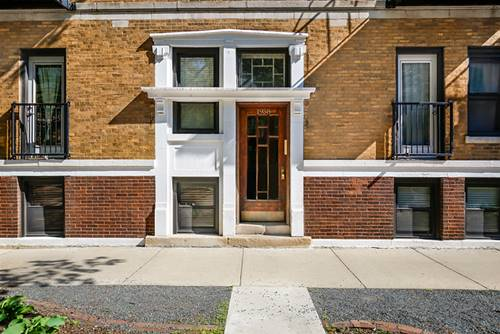1958 W Byron Unit 3, Chicago, IL 60613