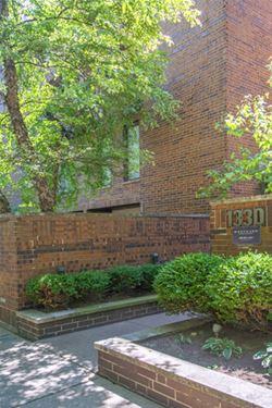 1330 N La Salle Unit 310, Chicago, IL 60610 Old Town