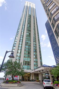 195 N Harbor Unit 5103, Chicago, IL 60601 New Eastside