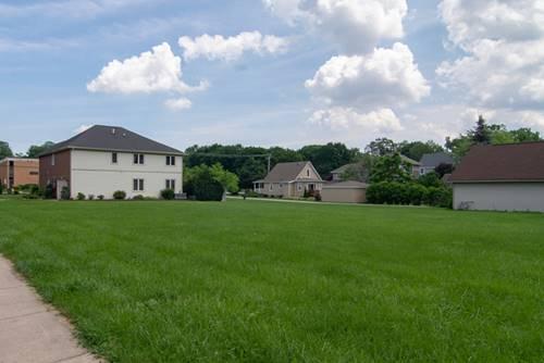 203 W Traube, Westmont, IL 60559