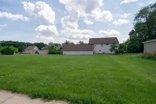 207 W Traube, Westmont, IL 60559
