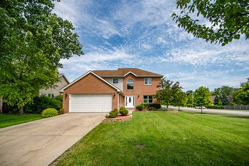 903 Willow Creek, West Chicago, IL 60185