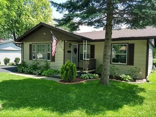 1729 Redwood, Hanover Park, IL 60133