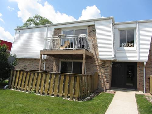 1906 Plum Grove Unit 2C, Rolling Meadows, IL 60008