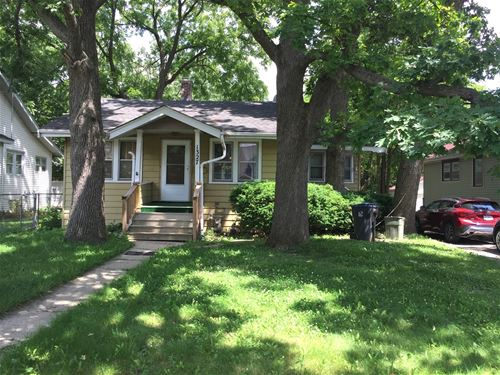1327 Hickory, Waukegan, IL 60085