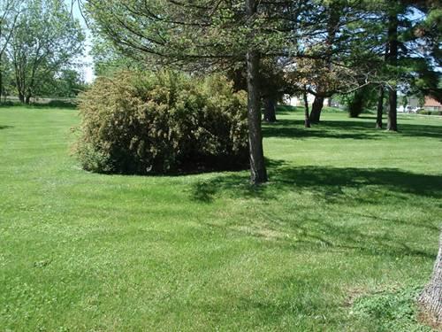 305 Burnett, Lake Villa, IL 60046