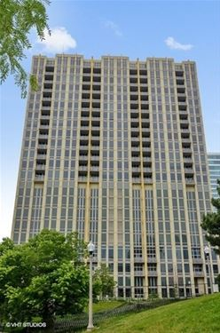 700 N Larrabee Unit 1902, Chicago, IL 60654 River North