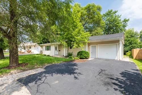 27 Hickory, Carpentersville, IL 60110