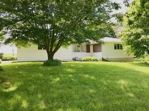 659 W Mcconnell, Dakota, IL 61018