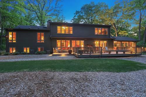 665 Maple, Lake Bluff, IL 60044