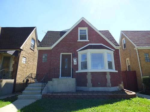 3055 N Neenah, Chicago, IL 60634