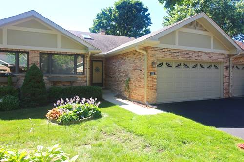 111 Villa Unit 111, Bloomingdale, IL 60108
