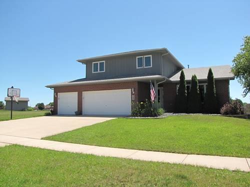704 Edgewater, Minooka, IL 60447