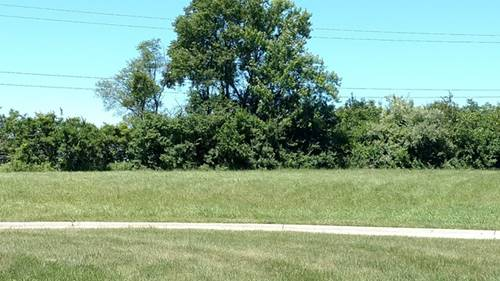 8810 Wheatridge, Rockford, IL 61114