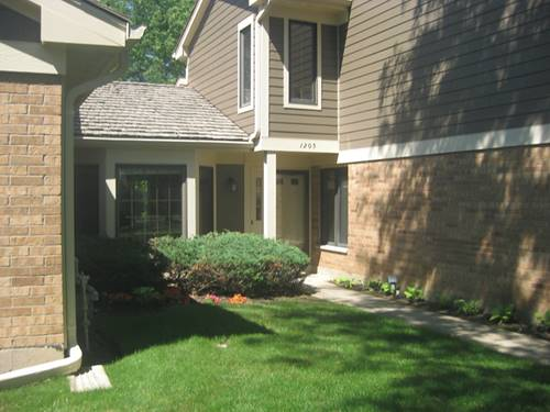 1205 Chatham Unit 1205, Libertyville, IL 60048