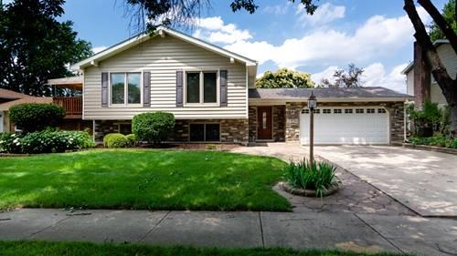 23W364 Woodcrest, Naperville, IL 60540