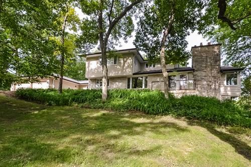 462 N Knollwood, Barrington, IL 60010