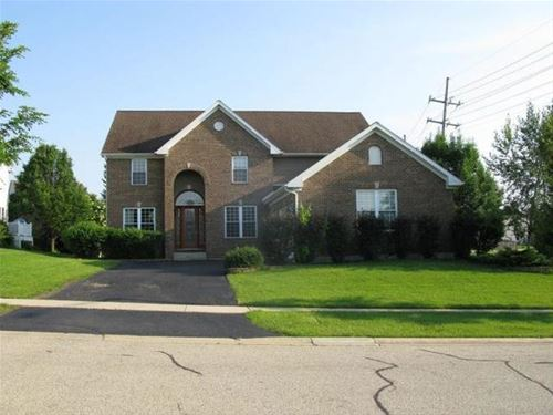 5290 Greenshire, Lake In The Hills, IL 60156
