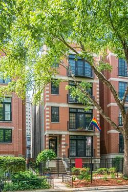 853 W Buckingham Unit 4, Chicago, IL 60657 Lakeview