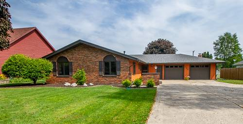 202 Mary Ann, Lake Holiday, IL 60552