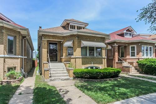 5538 W Melrose, Chicago, IL 60641