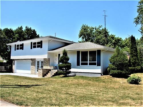 1405 W Hawkins, Kankakee, IL 60901