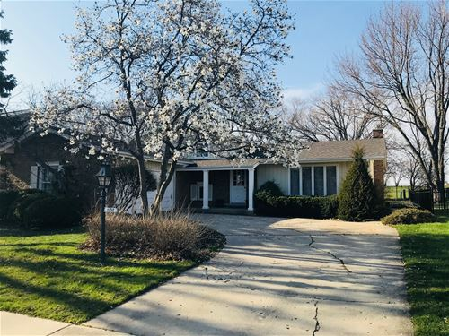 1102 W Cypress, Arlington Heights, IL 60005