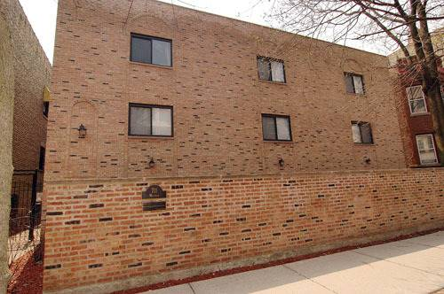711 W Melrose Unit F1, Chicago, IL 60657 Lakeview