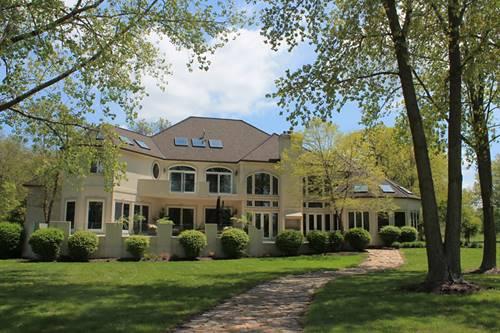 2315 N Woodlawn Park, Mchenry, IL 60051