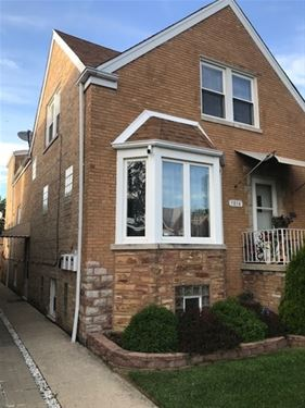 5814 W Newport, Chicago, IL 60634