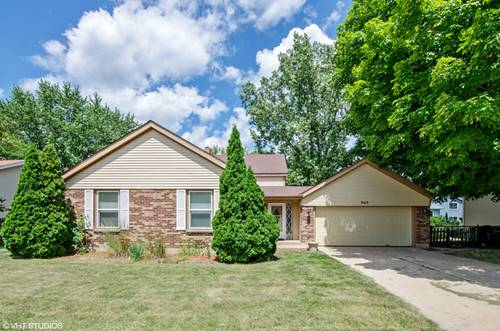 642 S Brentwood, Crystal Lake, IL 60014