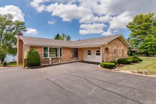 208 Lake Shore, Lindenhurst, IL 60046
