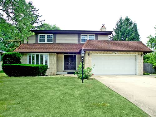 2942 S Briarwood, Arlington Heights, IL 60005