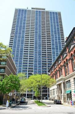 1560 N Sandburg Unit 4002, Chicago, IL 60610 Old Town