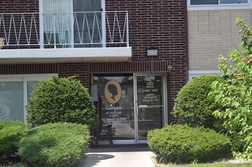 2900 Maple Unit 18D, Downers Grove, IL 60515