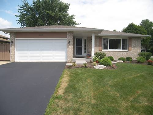 2105 Mulberry, West Chicago, IL 60185