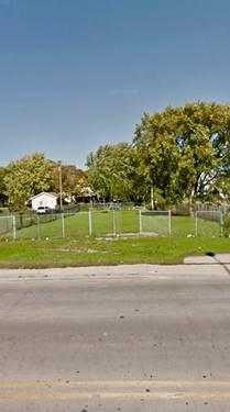 569 E Cass, Joliet, IL 60432