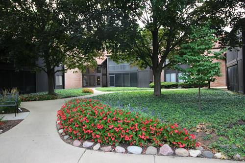 710 St Andrews Unit 2, Crystal Lake, IL 60014