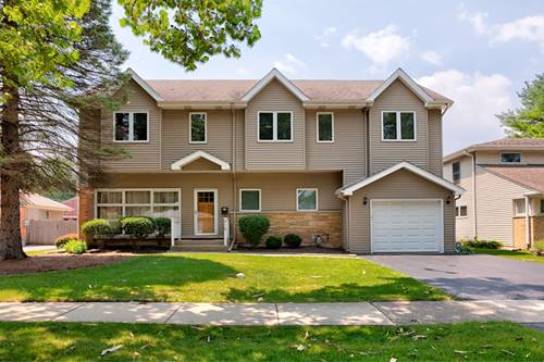 918 Meadow, Northbrook, IL 60062
