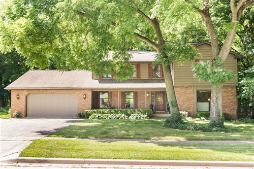 2837 Greenwood Acres, Dekalb, IL 60115