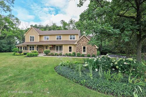 1738 White Fence, Green Oaks, IL 60048