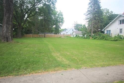 1061 Spafford, Antioch, IL 60002