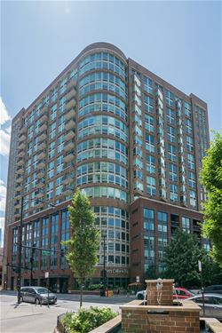 600 N Kingsbury Unit 1703, Chicago, IL 60654 River North