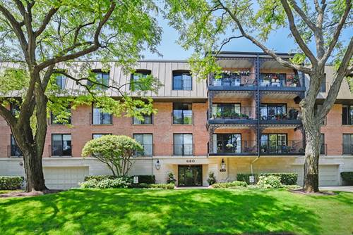 680 Green Bay Unit 307, Winnetka, IL 60093
